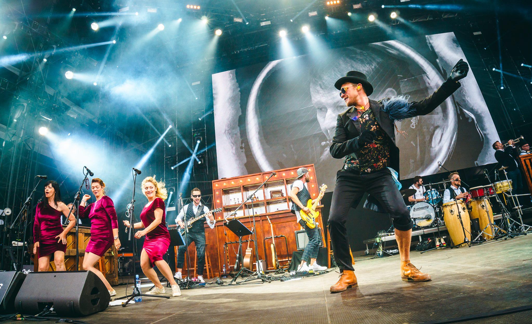 Vojta Dyk a B-side band Zdroj: FB Colours of Ostrava